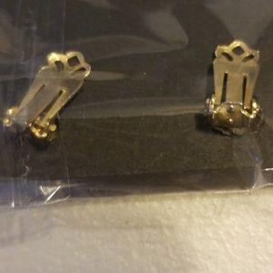 Jewelry - Vintage women earrings